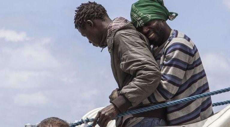 Imigrantes desembarcam na ilha de Lampedusa.