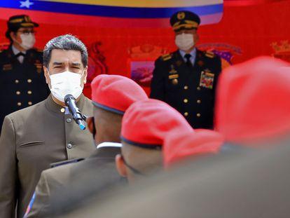 O presidente venezuelano, Nicolás Maduro, durante um ato militar.