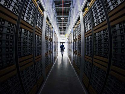 Centro de dados do Facebook em Lulea (Suécia), numa imagem de 2013.