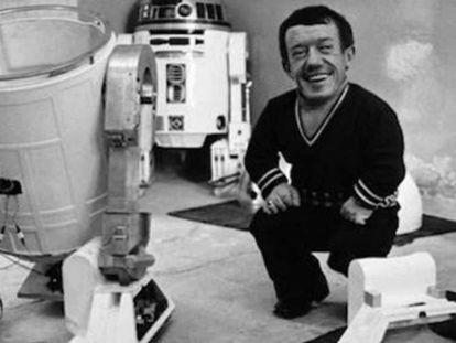 Morre Kenny Baker, o ator por trás do R2D2, de 'Star Wars'