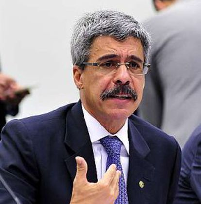 O deputado Luiz Sérgio.