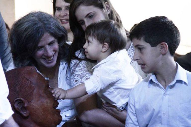 Renata Campos e três de seus cinco filhos com Eduardo