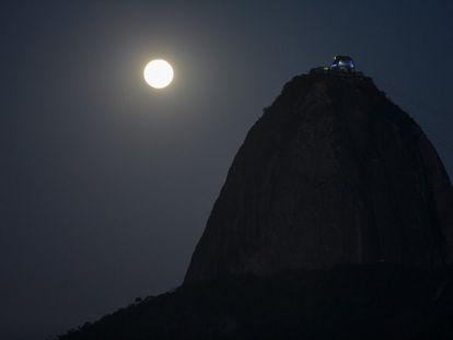 A Superlua no Rio de Janeiro.