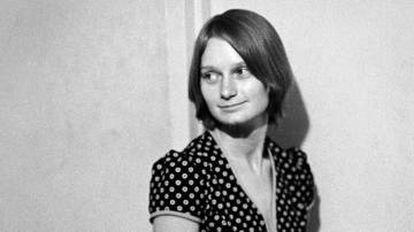 Mary Brunner em 22 de junho de 1970. Depois de passar seis anos na prisão por tentar roubar armas para sequestrar um avião e exigir a libertação de Manson, ela mudou de nome e sumiu do radar público.