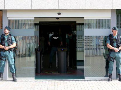 Batida na sede da Federação Espanhola de Futebol, em Las Rozas.