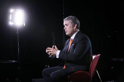 O presidente eleito da Colômbia, Iván Duque, durante entrevista na segunda-feira no Teatro Alcázar, em Madri.