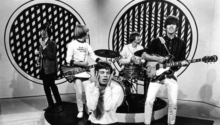 A banda britânica The Rolling Stones se apresenta no programa 'Thank Your Lucky Stars', do Reino Unido, em 1965.