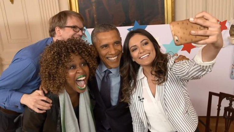 Obama em seu encontro com três youtubers.