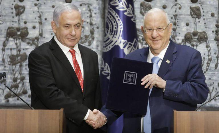 Netanyahu (esquerda) e Rivlin, em setembro em Jerusalém.