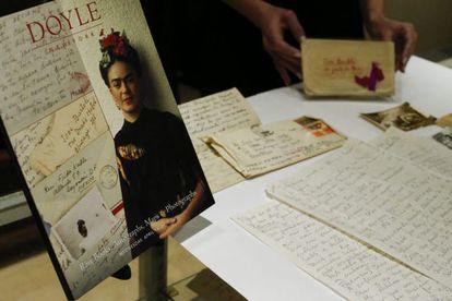 Detalhe de uma das 25 cartas inéditas de Frida Kahlo.