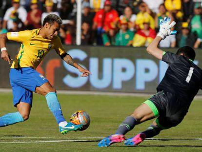 Goleiro Lampe levou a melhor em duelo contra Neymar.