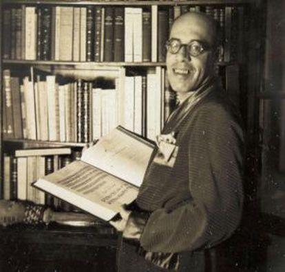 Mário de Andrade em sua casa, em 1938.
