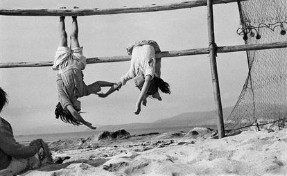 As filhas do pescador, Los Horcones, Chile, 1956.