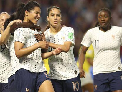 Gauvin marcou o primeiro gol da França sobre o Brasil.