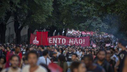 Primeiro ato do MPL pelas ruas de São Paulo.