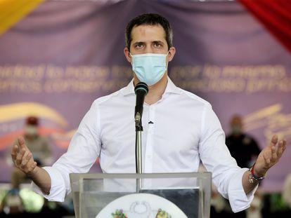 Juan Guaidó durante pronunciamento na segunda-feira em Caracas.