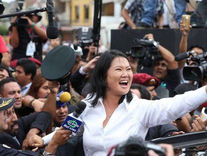 Keiko Fujimori, depois de votar em Lima neste domingo. E.A./EFE