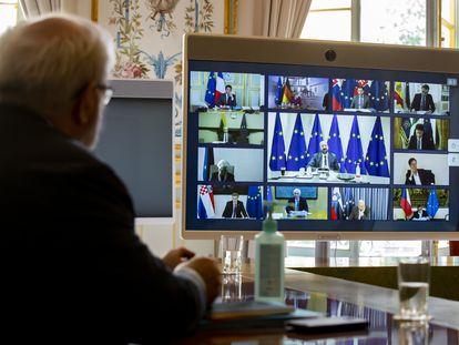 Vários presidentes e primeiros-ministros da UE durante a reunião por videoconferência do Conselho Europeu, nesta quinta-feira.