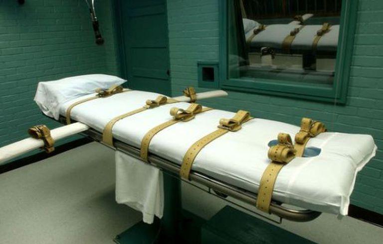Cama onde é executada a pena de morte no Texas.