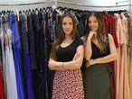 Luísa Souza Santiago e Camila de Mello Bessa, sócias da loja LookBe, de aluguel de vestidos de festas.