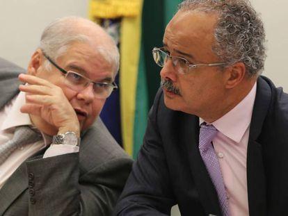 O deputado Lúcio Vieira Lima e Vicente Cândido (PT), relator da reforma política.