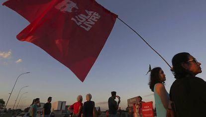 Apoiadores de Lula em Curitiba.