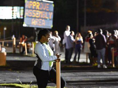 Manifestantes em Ferguson, na quarta à noite.