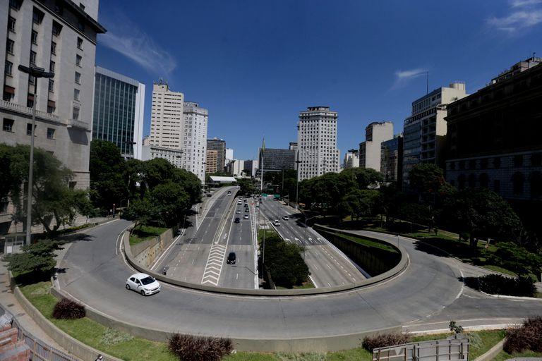Centro da capital de São Paulo onde o Governo do Estado prorrogou até 22 de abril a quarentena.