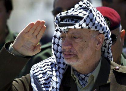 O falecido Yaser Arafat, em uma imagem de 2001.