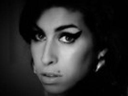 Documentário do britânico Asif Kapadi, diretor de  Senna , mostra um retrato devastador de um dos maiores ícones da música atual