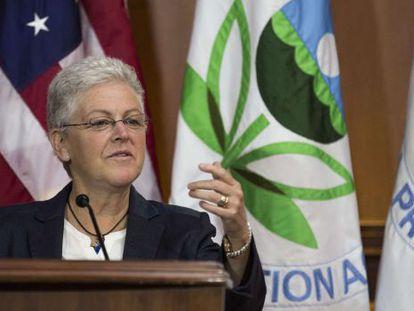A diretora da Agência de Proteção Ambiental, Gina McCarthy.