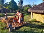 O povo indígena Tumbalalá, na Terra Indígena Tupinambá de Olivença.