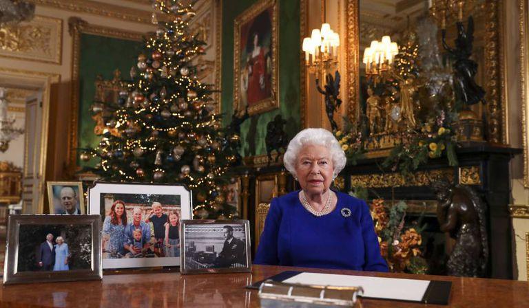 A rainha Elizabeth II, em sua mensagem de Natal no Castelo de Windsor, em dezembro de 2019.