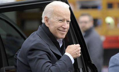 Joe Biden, na chegada a um evento público organizado por um sindicato em Dorchester (Massachusetts), em abril. No vídeo, Biden anuncia a candidatura.