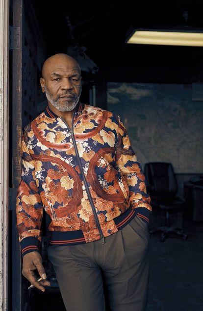 Mike Tyson divide o seu tempo entre Newport Beach e Las Vegas.
