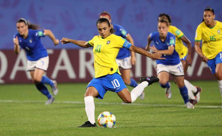 Marta marcou o gol da vitória contra a Itália na fase de grupos.