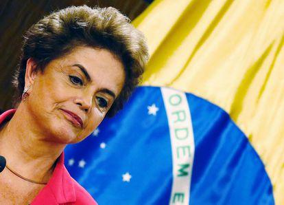 Dilma no encontro com a presidenta do Chile, Michelle Bachelet.