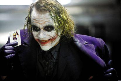 Heath Ledger, um Coringa condicionado pela trágica morte do ator.