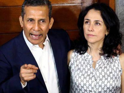 Ollanta Humala e sua esposa, Nadine Heredia, em 30 de abril.