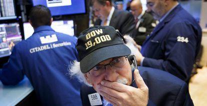 Operadores na Bolsa de Nova York.