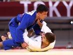 Tokyo 2020 Olympics - Judo - Men's 66kg - Quarterfinal - Nippon Budokan - Tokyo, Japan - July 25, 2021. Manuel Lombardo of Italy in action against Daniel Cargnin of Brazil REUTERS/Sergio Perez