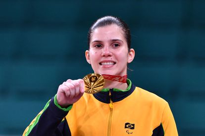 A campeã paralímpica Alana Maldonado, que conquistou um inédito ouro para o Brasil no judô feminino.