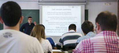 Uma aula em inglês na Universidade Politécnica da Catalunha (UPC).