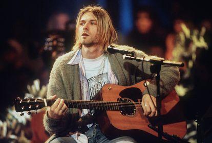 Kurt Cobain em um show MTV Unplugged nos estúdios da Sony em Nova York, 1993.