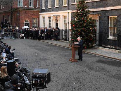 """No último dia 13, após a vitória dos conservadores, o primeiro-ministro Boris Johnson proclamou que um """"terremoto"""" político deixava o caminho aberto para o Brexit."""