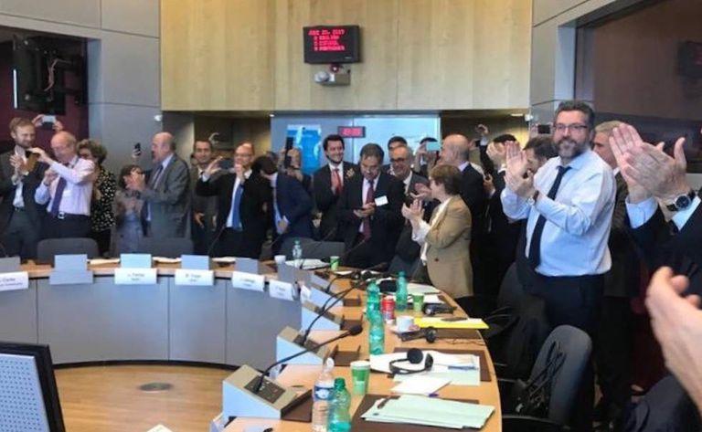 Chanceler brasileiro Ernesto Araújo celebra acordo firmado entre o Mercosul e a União Europeia.