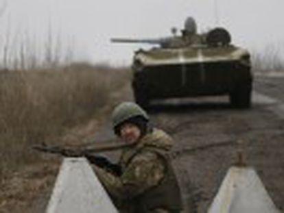 """Proposta não foi divulgada, mas fontes próximas a Kiev afirmam que o objetivo é """"congelar o conflito"""" mobilizando forças de paz"""