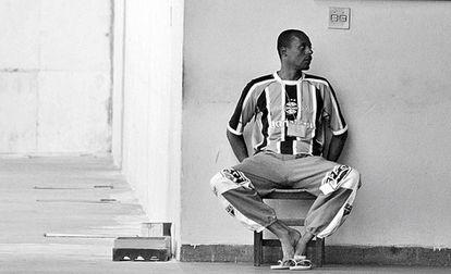 Presídio brasileiro de Santa Luzia. Nos centros APAC os detentos se envolvem na organização de todos os aspectos da vida diária.