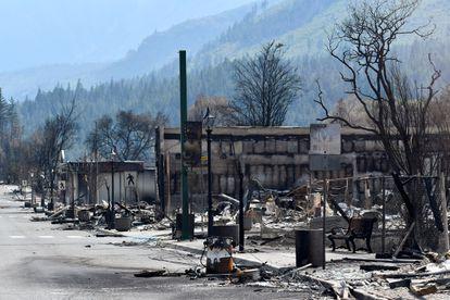 A cidade de Lytton, na Colúmbia Britânica canadense, foi devastada por incêndios florestais que se seguiram à histórica onda de calor na América do Norte em junho.