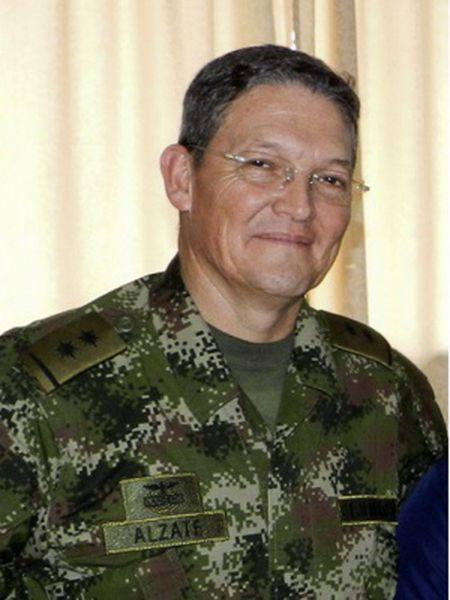 O general Rubén Darío Alzate.